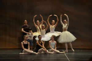 Inna Esipova and Summer Intensive students